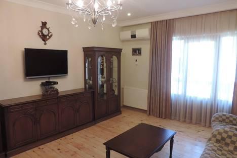 Сдается 3-комнатная квартира посуточно, Улица Кобаладзе 12.
