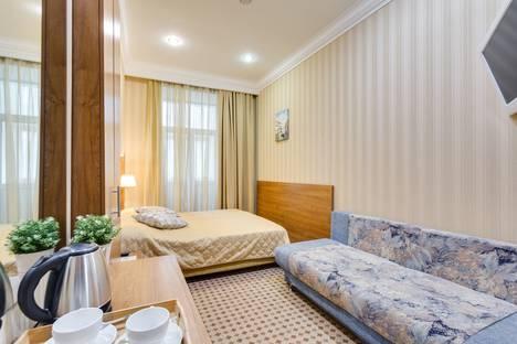 Сдается 1-комнатная квартира посуточно в Москве, Козицкий переулок, 1А.