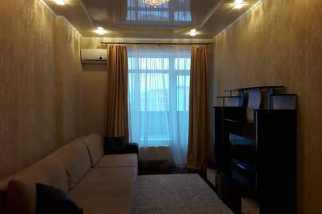 Сдается 2-комнатная квартира посуточно в Ижевске, Красногеройская улица, 109.