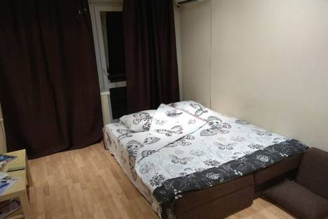 Сдается 1-комнатная квартира посуточно в Челябинске, улица Каслинская, 56.