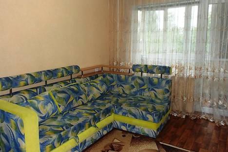 Сдается 2-комнатная квартира посуточно в Кривом Роге, Кривий Ріг, проспект Миру, 33.