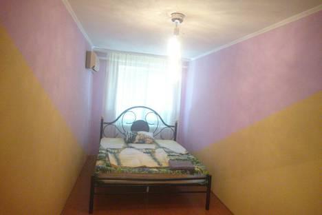 Сдается 3-комнатная квартира посуточно в Кривом Роге, Кривий Ріг, вулиця Кобилянського, 199.