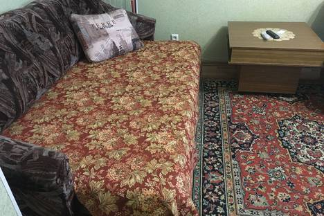 Сдается 1-комнатная квартира посуточно в Комсомольске-на-Амуре, проспект победы 20 корпус 5.