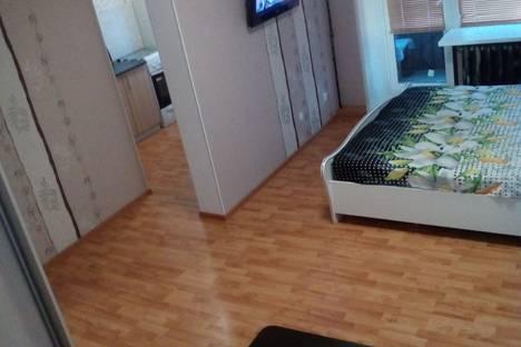 Сдается 1-комнатная квартира посуточно в Чайковском, улица Карла Маркса, 47.