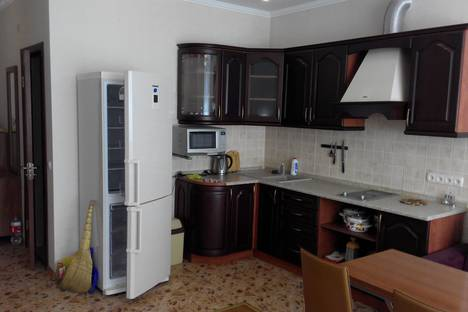 Сдается 1-комнатная квартира посуточно в Гаспре, Алупкинское шоссе.