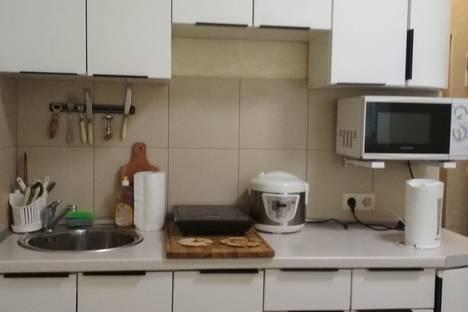 Сдается 1-комнатная квартира посуточно в Сычавке, Одеса, вулиця Генерала Бочарова, 58.