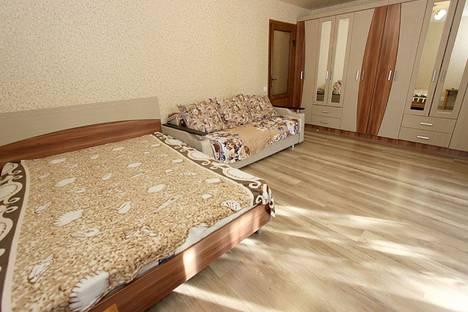 Сдается 1-комнатная квартира посуточно в Феодосии, улица Федько, 91А.