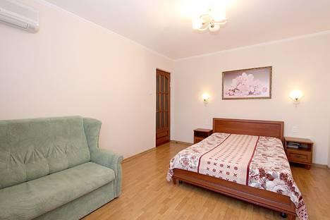 Сдается 1-комнатная квартира посуточно в Феодосии, улица Федько, 20.