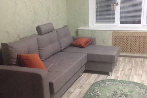 Сдается 1-комнатная квартира посуточно в Орше, улица Семенова, дом 5, кв. 41.