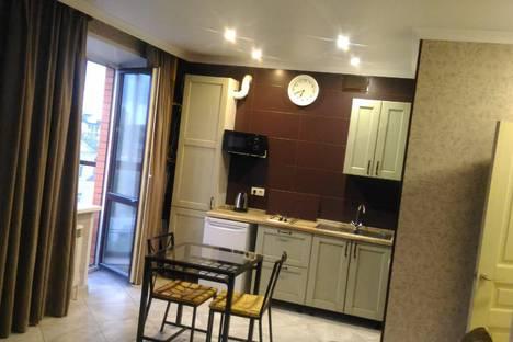 Сдается 2-комнатная квартира посуточно, Большая Фёдоровская улица, 11.