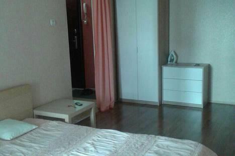 Сдается 1-комнатная квартира посуточно в Казани, По Ямашева 43.