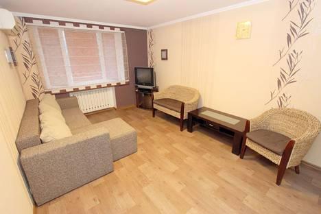 Сдается 2-комнатная квартира посуточно, улица Генерала Горбачева, 4.