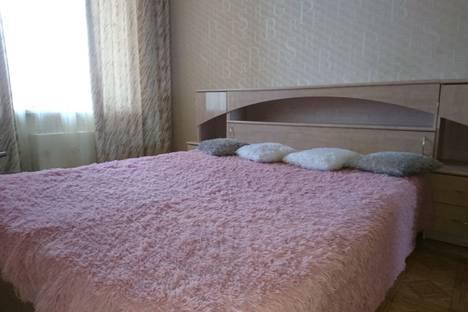 Сдается 1-комнатная квартира посуточно в Саранске, Коммунистическая улица, 15.