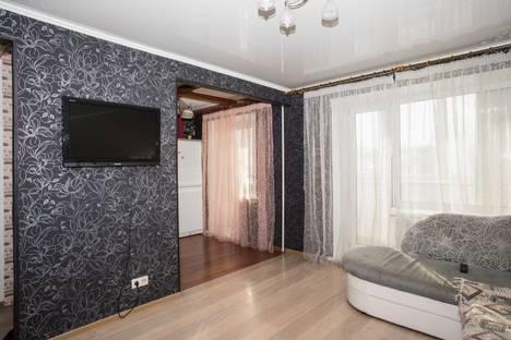 Сдается 2-комнатная квартира посуточно в Барнауле, Социалистический проспект 115.