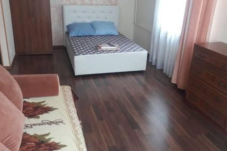 Сдается 1-комнатная квартира посуточно в Томске, улица Кузнецова 11.