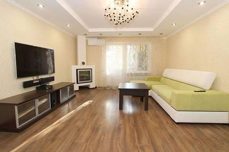 Сдается 2-комнатная квартира посуточно, бульвар Старшинова, 14.