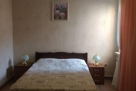 Сдается 2-комнатная квартира посуточно в Ялте, Партизанская улица, 4.