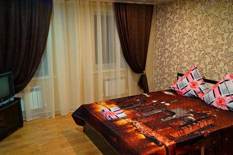 Сдается коттедж посуточно в Ейске, улица Гоголя, 47.