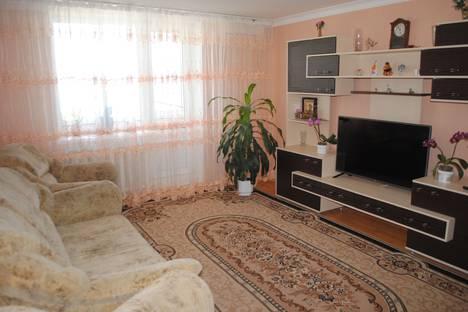 Сдается 3-комнатная квартира посуточно в Феодосии, улица Дружбы д 40.