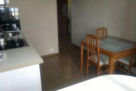 Сдается 2-комнатная квартира посуточно в Евпатории, улица Фрунзе, 23.