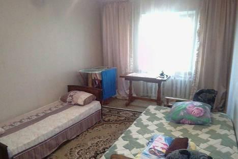 Сдается 1-комнатная квартира посуточно в Элисте, 5- микрорайон.