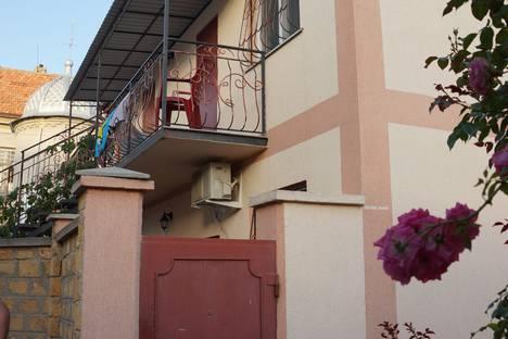 Сдается 1-комнатная квартира посуточно в Евпатории, Крым,ул. Кирова, 68.