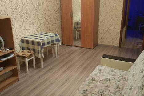 Сдается 2-комнатная квартира посуточно в Кировске, Юбилейная улица, 4.