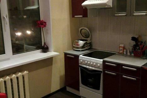 Сдается 1-комнатная квартира посуточно в Кировске, ул. Олимпийская, д.28.