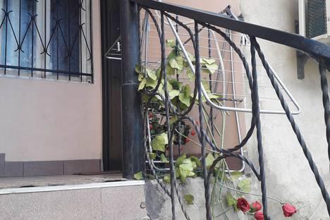 Сдается 3-комнатная квартира посуточно, Tbilisi, Shota Rustaveli Avenue.