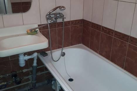 Сдается 1-комнатная квартира посуточно в Запорожье, Запоріжжя, вулиця Василя Сергієнка 28а.