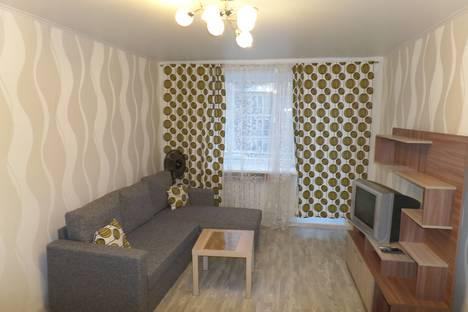 Сдается 1-комнатная квартира посуточно в Ярославле, улица Ушинского 12 А.