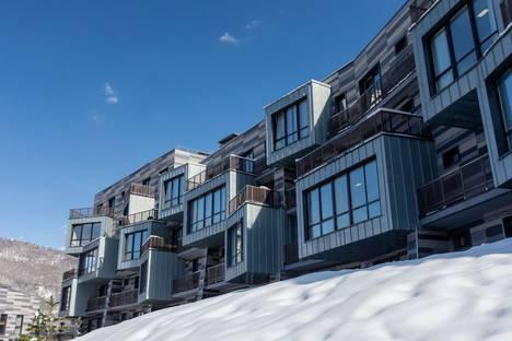 Сдается 2-комнатная квартира посуточно в Красной Поляне, Эстосадок, шоссе Альпийское 24.