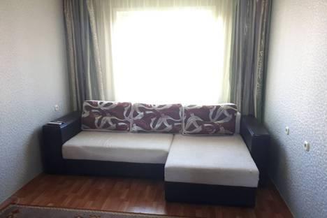 Сдается 2-комнатная квартира посуточно, улица Судиловского, 11.