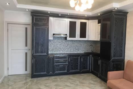 Сдается 2-комнатная квартира посуточно в Одинцове, улица Чистяковой, 65.