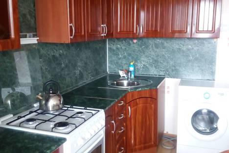 Сдается 1-комнатная квартира посуточно в Стерлитамаке, улица Артема, 98.