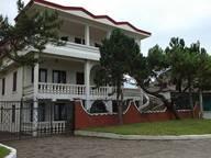 Сдается посуточно коттедж в Кобулети. 360 м кв. Кобулети. ул. Царицы Тамар , набережная Вилла Виктория