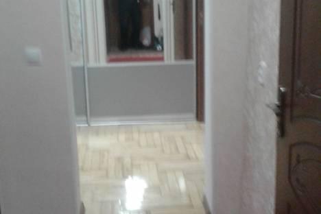 Сдается 2-комнатная квартира посуточно в Пятигорске, улица Соборная, 7.