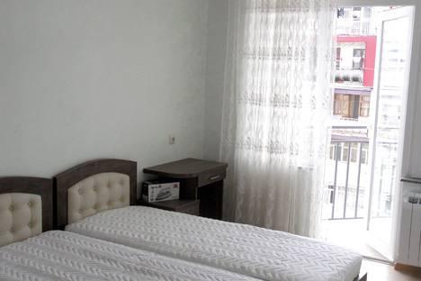 Сдается 2-комнатная квартира посуточно в Батуми, Batumi, Inasaridze Street, 18a.