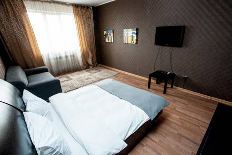 Сдается 2-комнатная квартира посуточно в Воронеже, ул. Плехановская, 8.