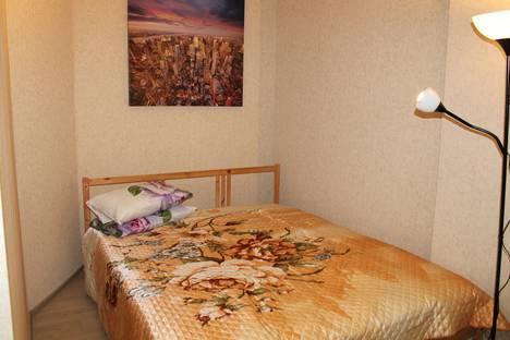 Сдается 2-комнатная квартира посуточно в Барнауле, улица Петра Сухова, 2.