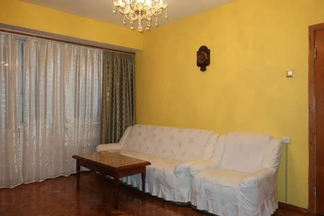Сдается 2-комнатная квартира посуточно в Москве, 2-й Мосфильмовский переулок, 21.