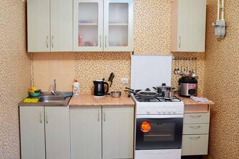 Сдается 3-комнатная квартира посуточно в Климовичах, улица 50 лет СССР.