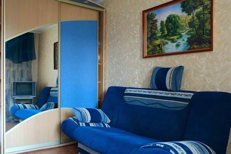 Сдается 2-комнатная квартира посуточно в Кричеве, улица Парковая.