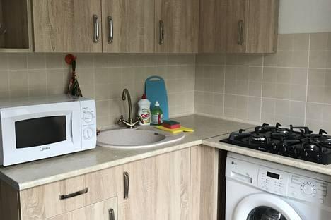 Сдается 1-комнатная квартира посуточно в Новочеркасске, Сарматская 11.