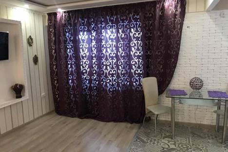 Сдается 2-комнатная квартира посуточно в Павлограде, вулиця Шевченка, 71.