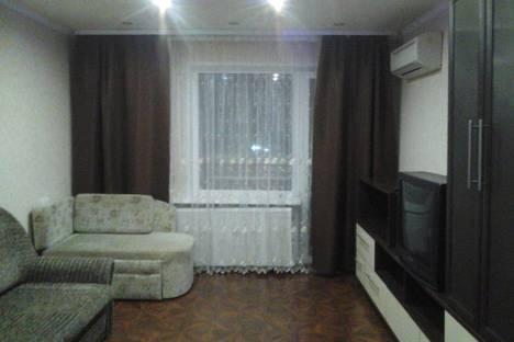 Сдается 1-комнатная квартира посуточно в Ухте, Интернациональная улица, д.15.