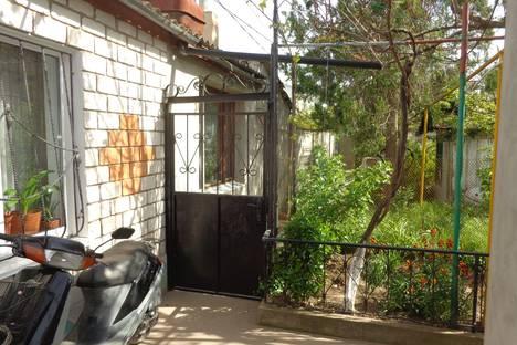 Сдается коттедж посуточно в Евпатории, улица Пушкина, 37.