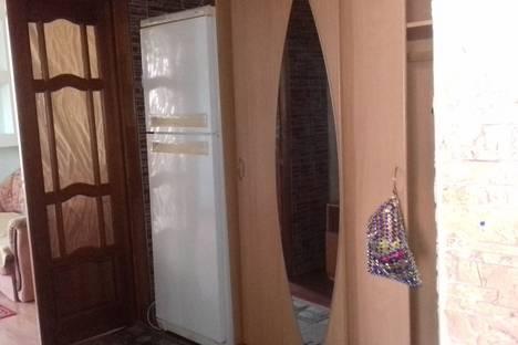 Сдается 2-комнатная квартира посуточно в Орске, Олимпийская улица, 30.