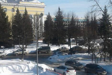 Сдается 3-комнатная квартира посуточно в Йошкар-Оле, Комсомольская улица, 132.