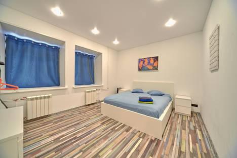 Сдается 2-комнатная квартира посуточно в Санкт-Петербурге, улица Чехова, 1.